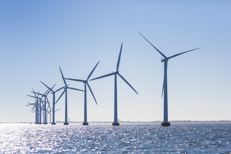 wind_farm___cc_flickr_ewea